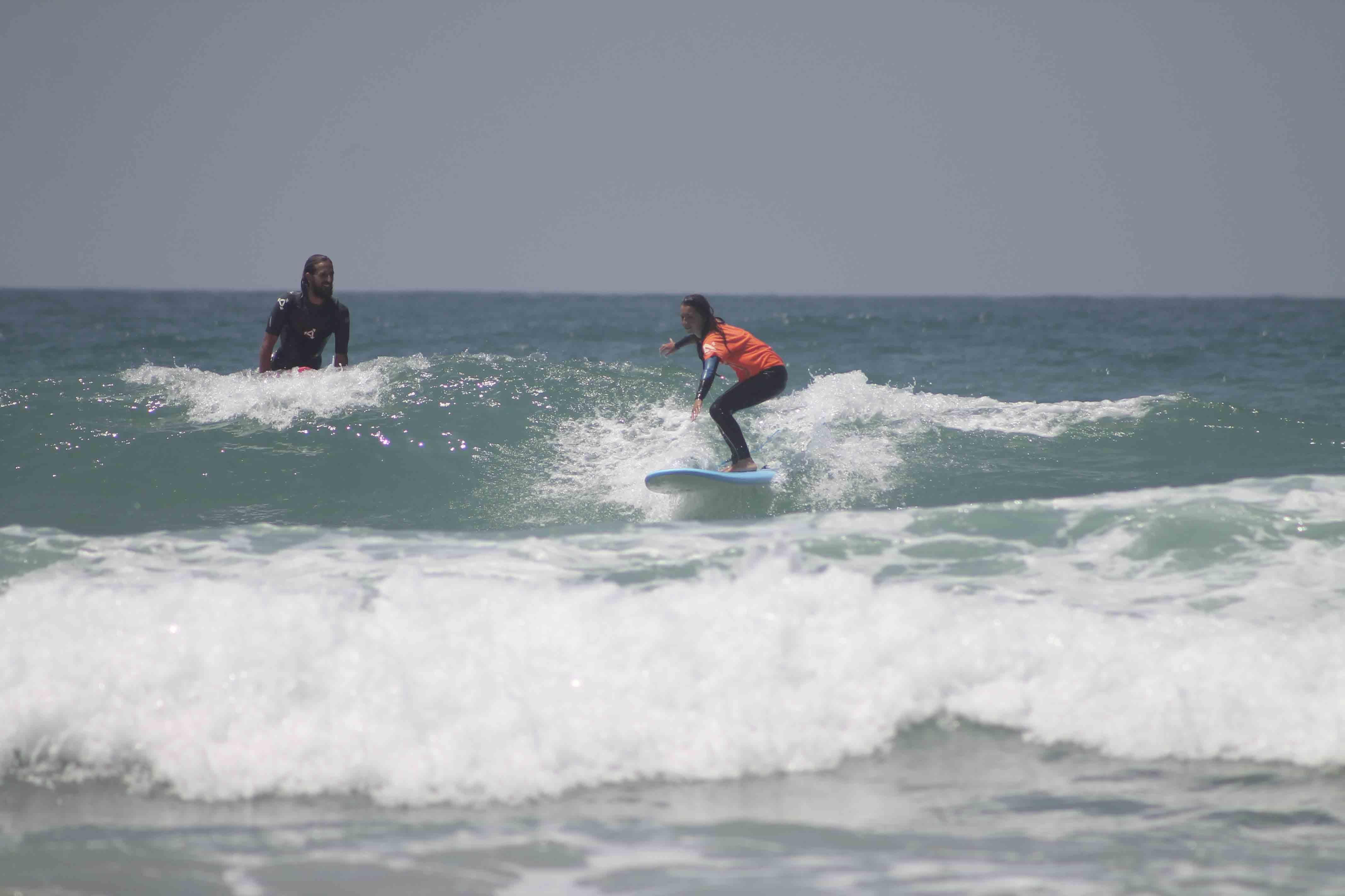 Disfruta de los cursos de surf en el palmar