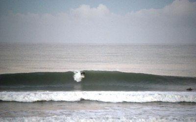 olas en cádiz