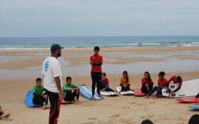 Charla sobre buenos hábitos medioambientales en el surf